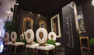 Confira como estava o stand da Crischantal na feira da Inesquecível Casamento no Castelo do Batel em Curitiba.