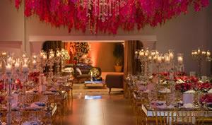 Confira as fotos do casamento realizado no Villa Augsta em Curitiba. Fotografo: Luciano Damas. Produção: Silvia Lopes
