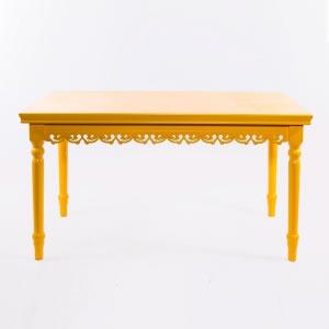 Mesa de Madeira Amarela